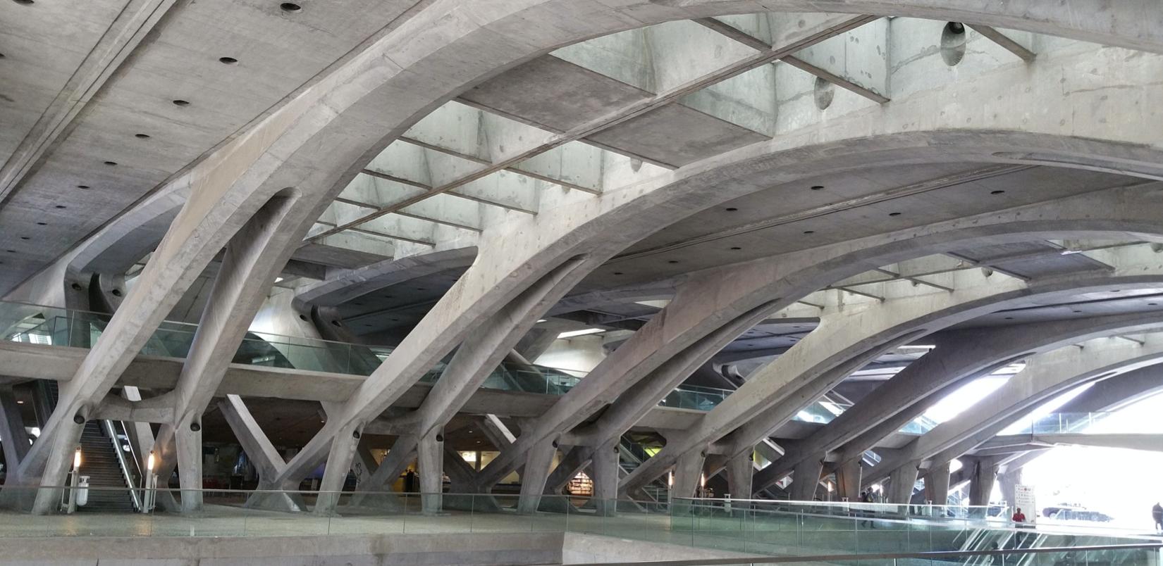 Bahnhof Oriente in Lissabon - Stahlbetontragwerk